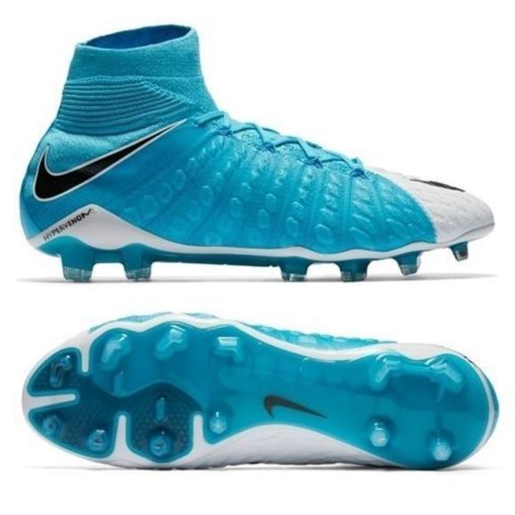 ea5d011d236 Nike Hypervenom Phantom III 3 DF FG Soccer cleats
